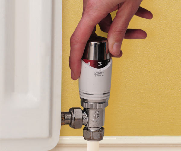 Thermostatic Valve being used hand